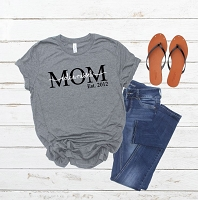 Personalized Mom Established Shirt