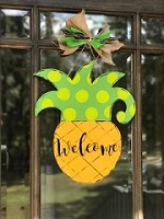 Welcome Pineapple Door Hanger